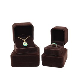 $enCountryForm.capitalKeyWord UK - Jewelry Gift Packaging Velvet Box Brown Color Ring Cufflink Earring Pendant Charm Necklace Bangle Bracelet Brooch Jewellery Storage Boxes