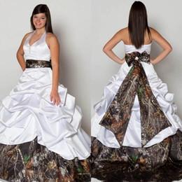 $enCountryForm.capitalKeyWord Canada - 2018 Country Camo Wedding Dress Custom Plus Size A Line Sexy Backless Halter Tiers Draped Satin Bridal Gowns With Bow Sash Vestido De Novia