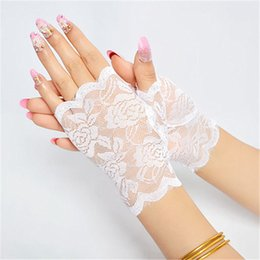 $enCountryForm.capitalKeyWord Australia - Sailors Dance thin lace black gloves lady UV protection Half Finger Fingerless gloves short fingers for women wedding party free shipping