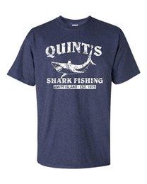 АКЦИЯ QUINT'S SHARK FISHING Челюсти РЕТРО Темно-синяя мужская футболка Amity Heather 1206 на Распродаже