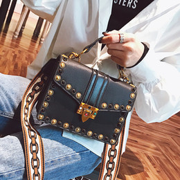 Discount british leather messenger bags - British Fashion Retro Female Handbag 2018 New High-quality PU Leather Women bag Rivet Tote bag Portable Shoulder Messeng