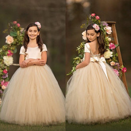 Custom Short Gown Canada - Short Sleeves Champagne Flower Girl Dresses Simple Scoop Neck Sash Girls Pageant Dresses Fluffy Ruffles First Communion Dress Birthday Gowns