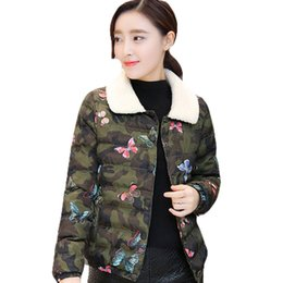 Discount women parka camouflage - Women Classic Faux Lamb Wool Collar Colorful Butterfly Print Short Parka Female Winter Thicken Warm Camouflage Jacket Co
