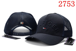 Wholesale New fashion high quality mesh hat panel baseball cap adjustable hats for men women snabpack Black red navy blue hip hop cap