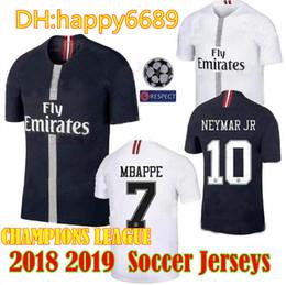 2018-2019 new psg jersey 18 19 Champions League Paris Jordam tracksuit  black white soccer jersey MBAPPE VERRATTI CAVANI football jersey da273cc40
