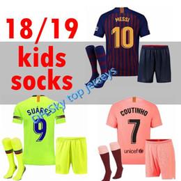 Barcelona 2018 MESSI SUAREZ Camiseta infantil de fútbol 2019 Camisas Azul  Dembele Messi INIESTA camiseta de fútbol local 18 19 niños Kit 625aeaff17244