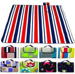 Wholesale 3 size Foldable Outdoor Camping Mat Pad Picnic Mat Pad Blanket Baby Climb Plaid Blanket Waterproof Moistureproof Beach Mat