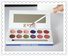 Glitter Store UK - Store make-up new kylie12 eyeshadow eyeshadow brush brush eyeshadow pan big eyes selling like hot cakes
