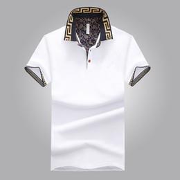 Ingrosso Camicia di vendita calda di design di lusso maschile estate gira-giù colletto maniche corte in cotone camicia uomini Top