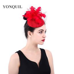 $enCountryForm.capitalKeyWord NZ - Women FASHION Elegant red Fascinator Hat Feather Flower wedding hair clips headwear royal derby pillbox hats married hair accessories SYF377
