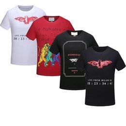 4f22b1ab15486 Envío gratis 2018 NUEVO diseño de lujo de Italia Moda popular Impreso  camiseta Hombres Tee Tops Tamaño asiático M-3XL