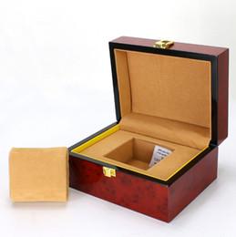 $enCountryForm.capitalKeyWord UK - 2018 New Wood Watch Display Box Red High Density Fiberboard Box For Single Watch Fashion Luxury Jewellry Gift Follow Case B022