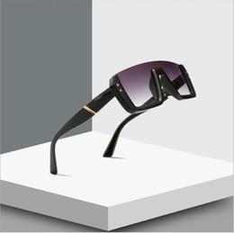 black square eyeglasses 2019 - Vintage Square Sunglasses Women Men Fashion Sun Glasses Brand Designer T Rivet Unisex Eyeglasses UV400