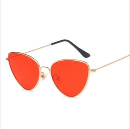 Sun Wearing Glasses NZ - 2018 One Piece Sunglasses Men Brand Designer High Quality Oversized Sunglasses For Women Sun glass Metal UV400 Mirror Fashion Eyes wear