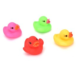 Chinese  ZTOYL Cute Duck Shape Swiming Water Toys Baby Bath Toy Colorful LED Flashing Lamp Change Bath Duck Toys 4 Colors manufacturers