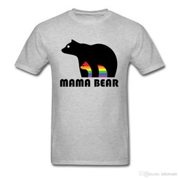 Ingrosso Mama Bear T-shirt Uomo Gay Pride Tshirt LGBT T Shirt Proud Mothers Of Gay Bambini Custom Top Tees Cotone vestiti Grigio