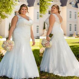 $enCountryForm.capitalKeyWord NZ - Plus Size Lace Mermaid Wedding Dresses Beaded V Neck Buttons Back Bridal Gowns Appliqued Sweep Train Trumpet Bridal Gowns Vestido De Novia