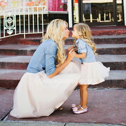 $enCountryForm.capitalKeyWord NZ - 2 PCS Mother Daughter Clothes Family Matching Mommy and Me Clothing Set Girls Denim Tutu Dresses Girls Clothes H0177