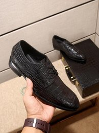Discount band drive - Male Classic Crocodile Wedding Party Oxfords Shoes Italian Men Dress Shoes Brogue Oxfords Slip On Dress Loafers Driving