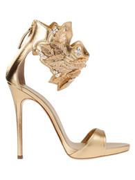 Elegante colore oro foglia femminile moda tacchi alti sandali 2018 Sexy  Night Out donne pompe partito Clubwear tacchi alti scarpe eleganti sandali 2750a7562a3