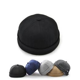 China Novelty Fold Skullcap Retro Sailor Cap, Men Women Warm Rolled Cuff Bucket Cap Brimless Hat Adjustable Hook & Loop Cotton Bonnet suppliers