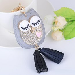 Wholesale Creative Luxury Designer Diamond Insert Tassels Owl Key Buckle Black Gray Color Top Quality Alloy Keychain Women Men Pendant