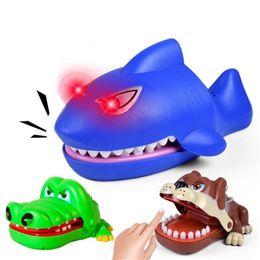 $enCountryForm.capitalKeyWord Australia - Flashing Large Bulldog Crocodile Shark Mouth Dentist Bite Finger Game Funny Novelty Gag Toy for Kids Children Play Fun Q0531