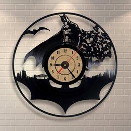 Wall Watch Silent Canada - Wall Clock Modern Design Decorative Kids Room Hanging Clocks Classic Vinyl Wall Watch Home Decor Silent 12 inch