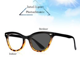 Wholesale New Style Women Cat Eye Reading Glasses Magnifier Vintage Fashion Leopard Print Frame Intelligent Photochromic Spectacles