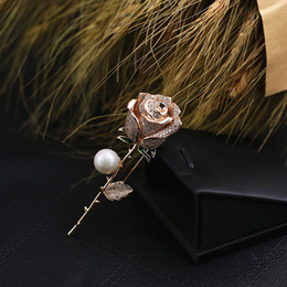 roses suits UK - Unisex Men Women Fashion Pins Brooches Gold Plated CZ Rose Brooches Pins for Wedding Party Suit Dress Lapel Pins Nice Gift