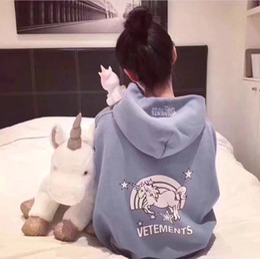 $enCountryForm.capitalKeyWord Canada - 2018 NEW vetements vtm unicorn fleece blue letter printing oversize leisure pullover hoodies men and women Pure cotton100% Justin bieber