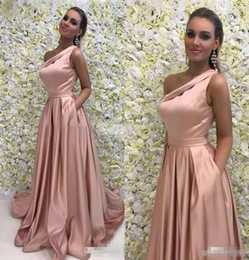 zuhair murad maternity dresses Australia - New Stylish One Shoulder Sexy Red Carpet Evening Dress Draped Satin Sweep Train Formal Prom Drerss Sweep Train Zuhair Murad Women Gowns