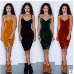 $enCountryForm.capitalKeyWord NZ - 2017 explosion four color sling sexy bag, hip dress, gold velvet women's clothing manufacturers first hand source