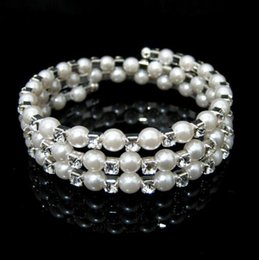 $enCountryForm.capitalKeyWord Australia - Multi-layer pearls cute sweet gentle elegant temperament Lolita retro trend neutral fashion new hipster hot beaded multi-layer bracelet