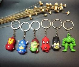 Großhandel The Avengers Figures Schlüsselanhänger Spielzeug Batman Superman Iron Man Thor Spiderman Captain America PVC Spielzeug PVC Anhänger Cartoon Schlüsselanhänger