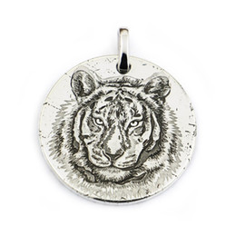 $enCountryForm.capitalKeyWord NZ - LINSION 999 Sterling Silver Tiger King Sharp Claw Laser Engraved Mens Biker Punk Pendant 9X302 JP