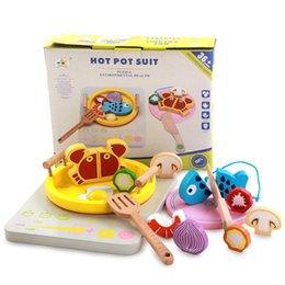 Pretend in legno Gioca Toy Kitchen Hot Pot Cooking Set Tagliare cibo simulazione pesce vegetale gioco regalo