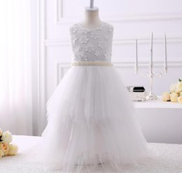 $enCountryForm.capitalKeyWord Australia - 2018 simple cheap Ball Gown Flower Girl Dresses Tank Ruffles Handmade Flowers Tulle Tutu Vintage Little Baby Gowns for performance party