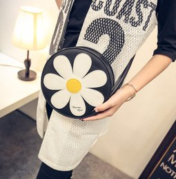 Wholesale new fashion flower woman bags candy floret single shoulder cross small round bag women shoulder bags