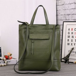 Genuine Leather Bag Design Australia - Genuine Leather Metal Large Tote Bags European Brand Design Real Leather Women Handbags Roomy Big To Holder Laptop Easy Handbag