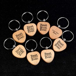 Discount new love ring boy girl - New Heart Shape Wood Keychain Letter Love You Best Mom Best Nana Grandma Ever Keychain Key Rings Wooden Jewelry DROP SHI