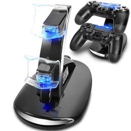 Vente en gros Support de chargement USB pour chargeur double à LED pour PlayStation 4 PS4 Manette de jeu sans fil Xbox One avec boîtier de vente au détail ePacket gratuit