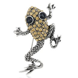 vintage costume jewelry brooches pins UK - Vintage Full Rhinestone Frog Animals Brooches Brooch Pins Fashion Jewelry Gifts For Women Suit Clothes Costume Decoration