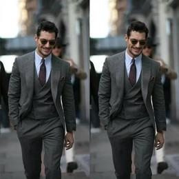 Groom Groomsmen Champagne Vest Australia - Grey Custom Made Men Suit Groom Tuxedos Groomsmen Formal Suits Business Men Wear Best Suit (Jacket+Pants+Vest)