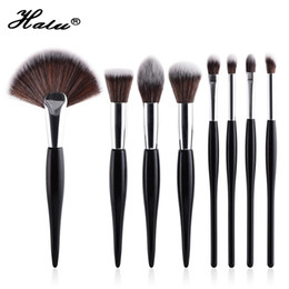 professional makeup brush wholesale UK - Halu Professional Gourd Foundation Makeup Brushes Set 8pcs Black White Fan Powder Eyeshadow Cosmetic Brush Set