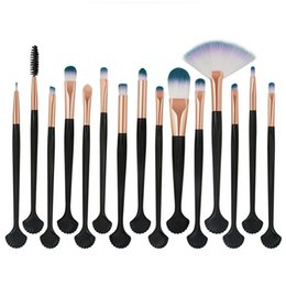 Discount power lips Wholesale MAANGE 15Pcs shell makeup brush Kit Eyeshadow Brow Eyeliner Eye Lashes Lip Foundation Power Cosmetic Make Up B