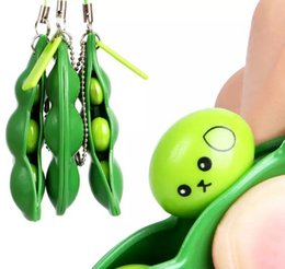 car stress UK - Fun Beans Toys Creative Extrusion Cute Pea Bean Soybean Edamame Stress Relieve Keychain Toy Keyring Car Pendant