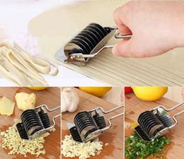 $enCountryForm.capitalKeyWord Australia - Stainless Steel Noodle Lattice Roller Docker Dough Cutter Pasta Spaghetti Maker for Kitchen Cooking Tools Kitchen Gadgets