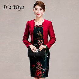 abc5374d616 It s Yiiya Mother of the Bride Dresses Plus Size 2 Piece Set Flower Pattern  Embroidery Fashion Elegant Mother Dress M011