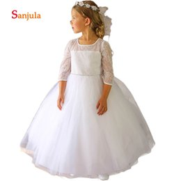 dff96b1d79ae 3 4 Sleeve White Flower Girls Dresses 2018 Lace Wedding Party Dress for  Kids Scoop Tulle Girls Communion Dresses D76